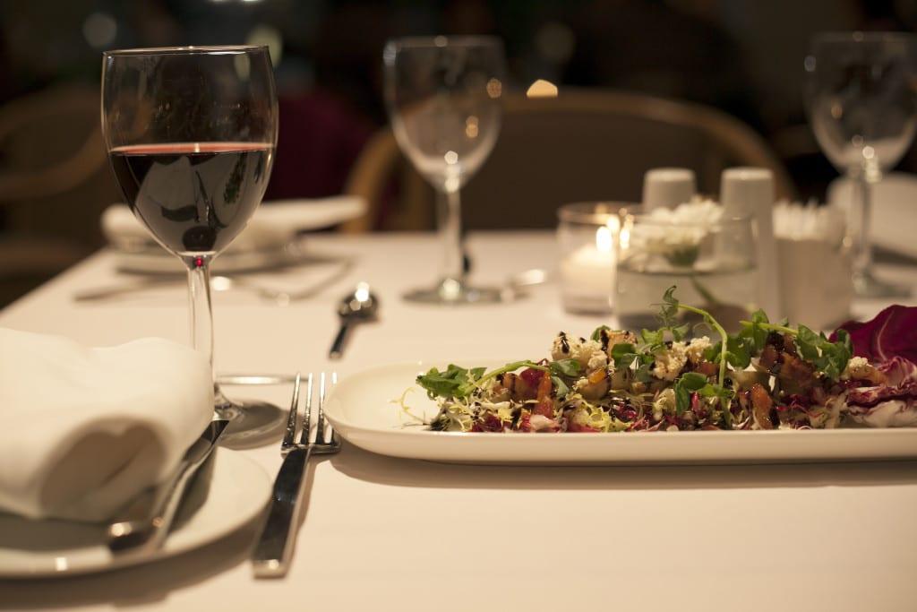 ausw rts essen nachhaltigkeit zahlt sich aus green chefs. Black Bedroom Furniture Sets. Home Design Ideas