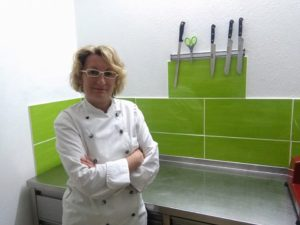 GREEN CHEFS Partnerin Veselina Blumrich mit Fingerfood & Co