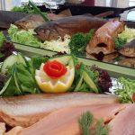 Frischer geht's nicht: Räucherfisch von Reeses - Fischzucht Reese