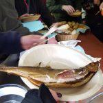 Noch warm vom Räuchern - Fischzucht Reese