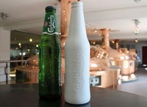 Proto-Typ: Biologisch abbaubare Bierflasche (c)CarlsbergGroup