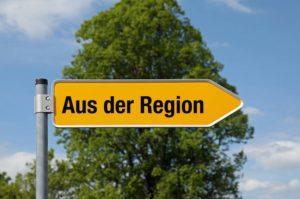 Was heißt schon Region? Quelle: http://www.besserhaushalten.news/typo3temp/pics/Schild_Aus_der_Region_4601bd53c3.jpg