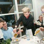 Charity-Event: Kinder kochen für den guten Zweck - Service